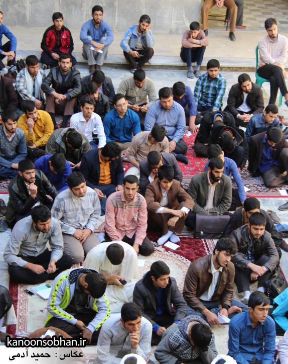 تصاویر کلاس اخلاق حوزه علمه کوهدشت با سخنرانی استاد اخلاق کشوری (18)