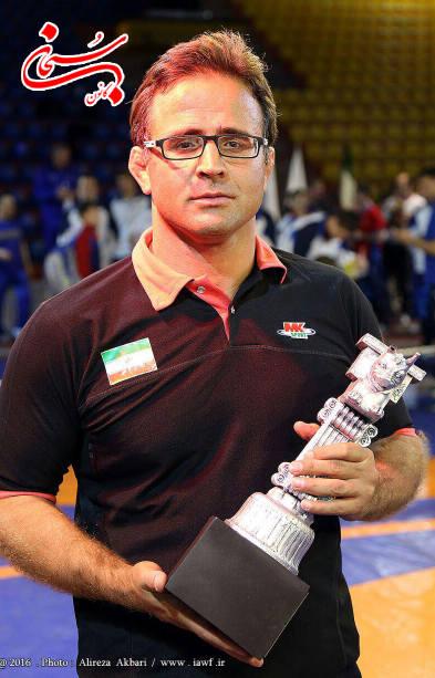 افتخار آفرینی تیم کشتی روح الله دل انگیز در مسابقات جهانی (1)