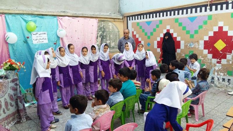 تصاویرجشن تکلیف و الفبا در مدرسه باغ مینو کوهدشت (13)