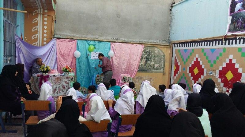 تصاویرجشن تکلیف و الفبا در مدرسه باغ مینو کوهدشت (14)
