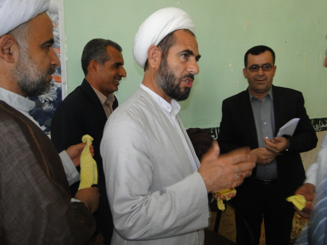تصاویر آئین نمادین غباروبی مساجد کوهدشت (6)