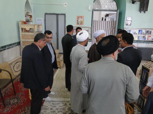 تصاویر آئین نمادین غباروبی مساجد کوهدشت (7)