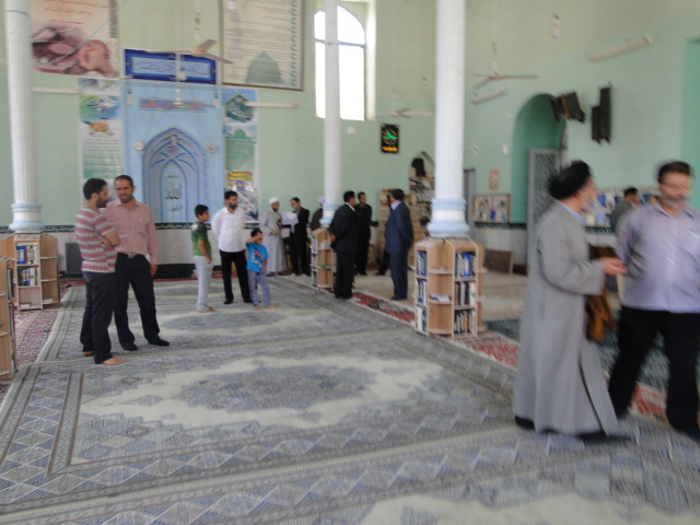 تصاویر آئین نمادین غباروبی مساجد کوهدشت (8)