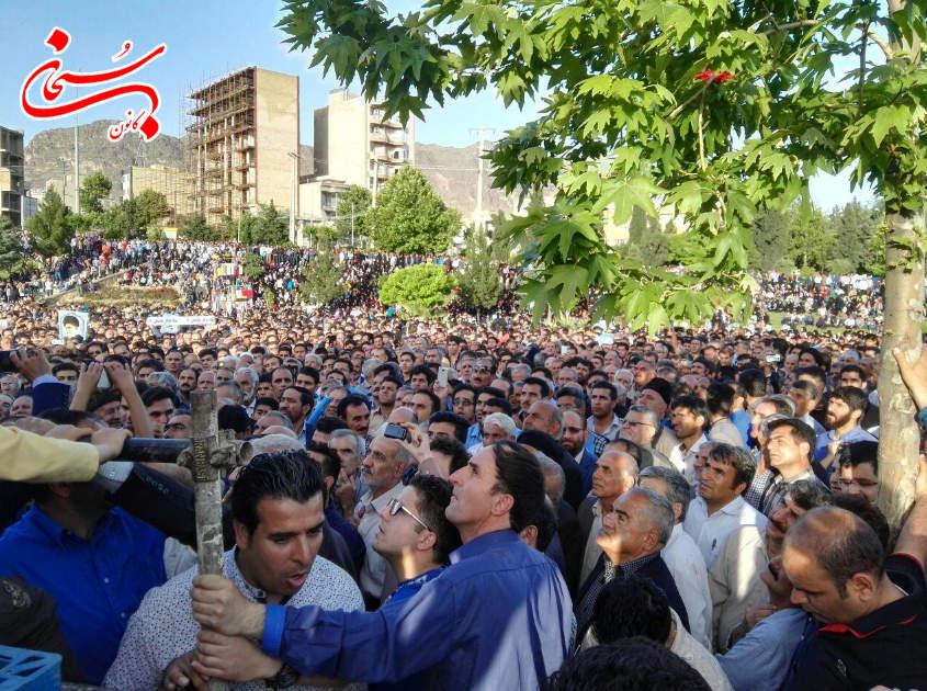 تصاویر جشن پیروزی محمدرضا ملکشاهی راد در خرم آباد لرستان (2)