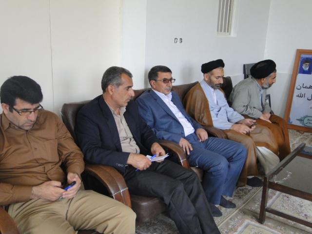 تصاویر جلسه ساماندهی شئونات فرهنگی در شهرستان کوهدشت (9)