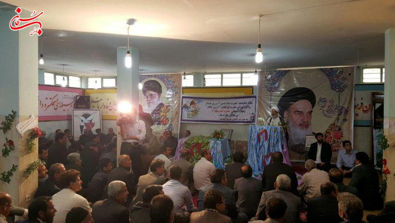 تصاویر مراسم جشن روز جانباز در اداره بنیاد شهید کوهدشت (4)