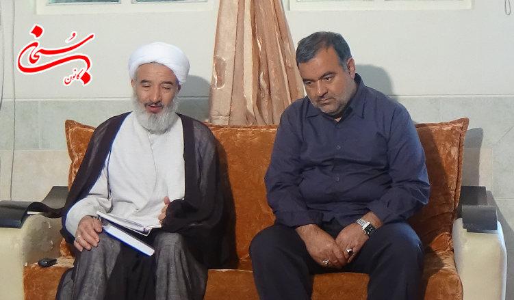 دیدار امام جمعه کوهدشت با خانوادهای سه تن از جانبازان 70درصد