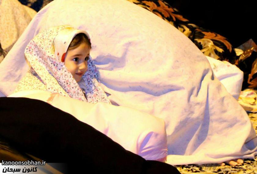 تصاویر اقامه نماز جماعت در پارک مهرگان کوهدشت (2)
