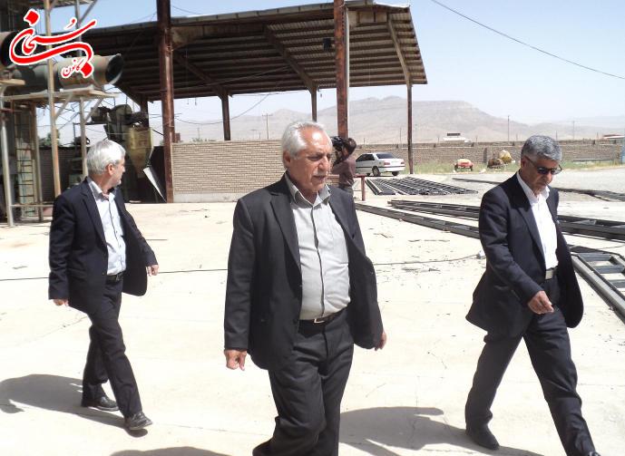 تصاویر بازدید فرماندار کوهدشت از مراکز خرید گندم و جو (5)