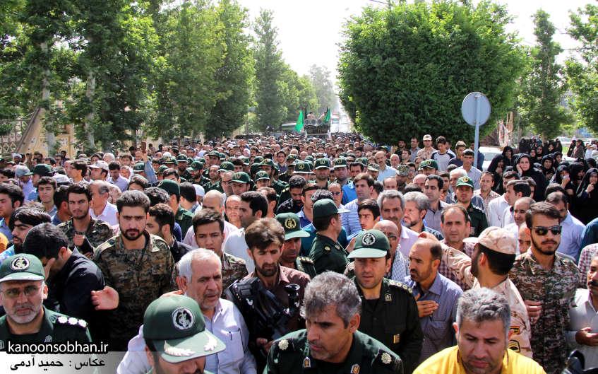 تصاویر تشییع و تدفین شهید والامقام «حاج قدرت الله عبدیان» در کوهدشت سری دوم (27)