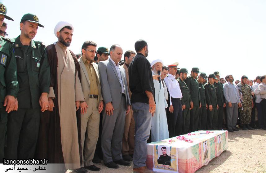 تصاویر تشییع و تدفین شهید والامقام «حاج قدرت الله عبدیان» در کوهدشت سری سوم (11)