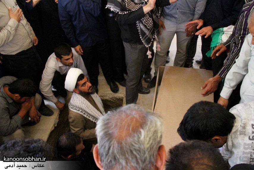 تصاویر تشییع و تدفین شهید والامقام «حاج قدرت الله عبدیان» در کوهدشت سری سوم (17)