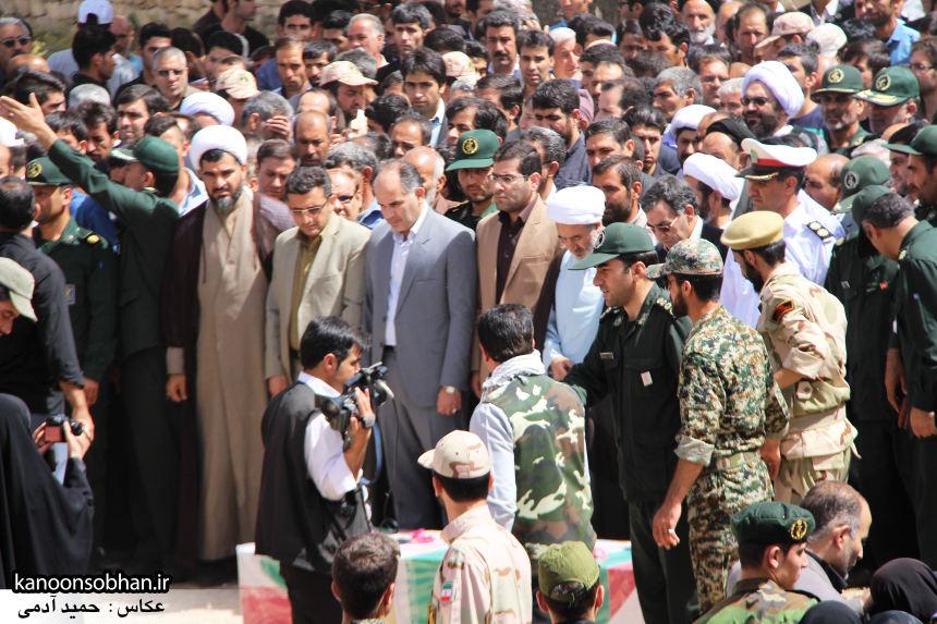 تصاویر تشییع و تدفین شهید والامقام «حاج قدرت الله عبدیان» در کوهدشت سری سوم (8)