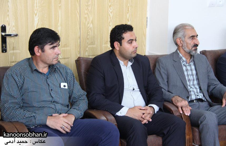 تصاویر دیدار کارکنان دستگاه قضا کوهدشت با امام جمعه شهرستان (11)
