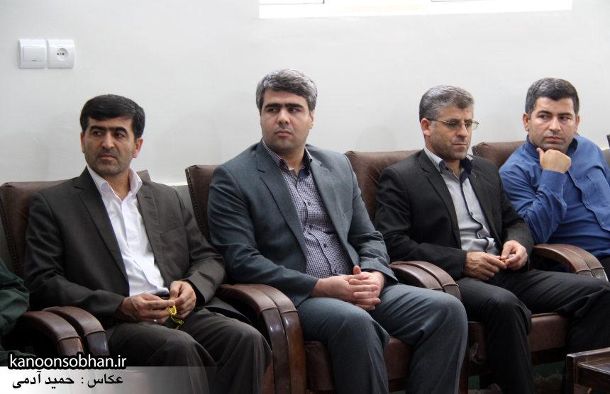 تصاویر دیدار کارکنان دستگاه قضا کوهدشت با امام جمعه شهرستان (12)