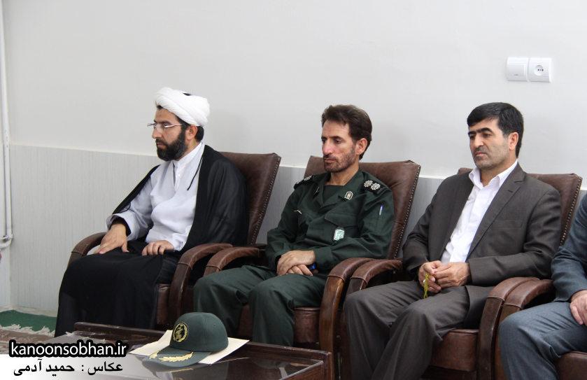تصاویر دیدار کارکنان دستگاه قضا کوهدشت با امام جمعه شهرستان (4)