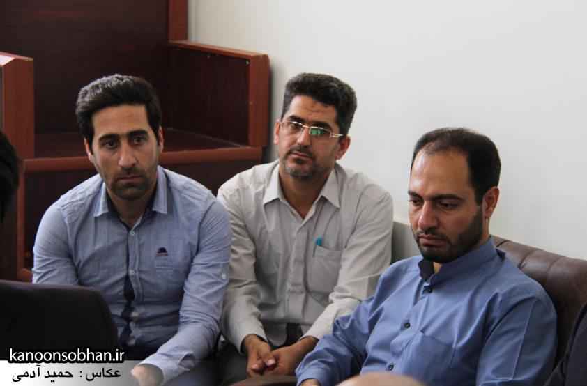 تصاویر دیدار کارکنان دستگاه قضا کوهدشت با امام جمعه شهرستان (8)