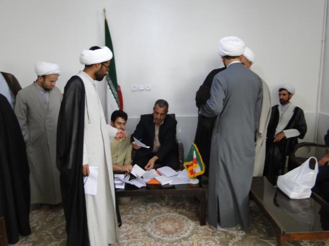 گزارش تصویری اعزام مبلغین به مناطق کوهدشت در ماه مبارک رمضان (8)