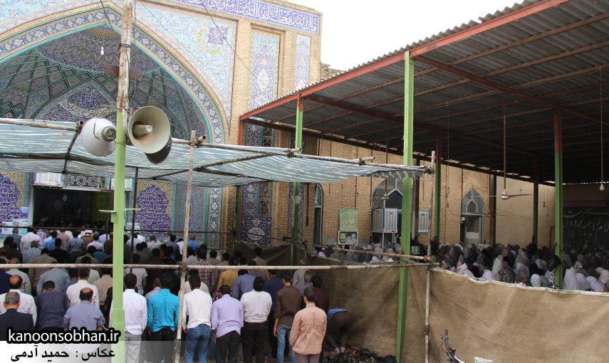 گزارش تصویری اولین نماز جمعه رمضان 95 کوهدشت (41)