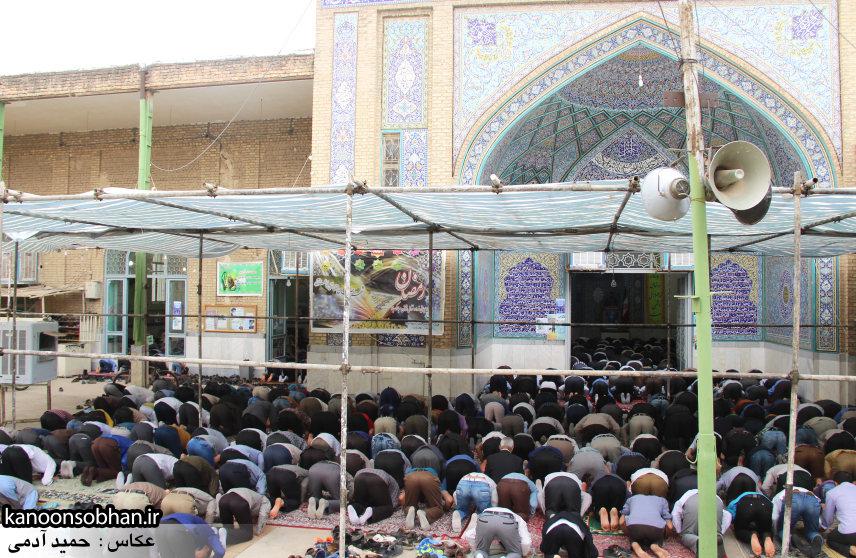 گزارش تصویری اولین نماز جمعه رمضان 95 کوهدشت (42)