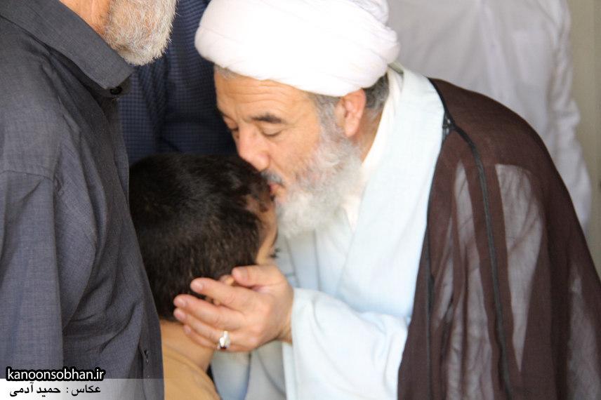تصاویر دیدار امام جمعه ، فرماندار و مسئولین از خانواده شهید مدافع حرم کوهدشتی (10)