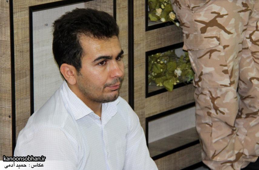 تصاویر دیدار امام جمعه ، فرماندار  و مسئولین کوهدشتی از خانواده شهید هادیان (5)