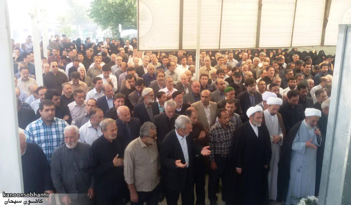 تصاویر مراسم تشییع  و ختم حاج محمد علی هادیان در همدان و کوهدشت (2)