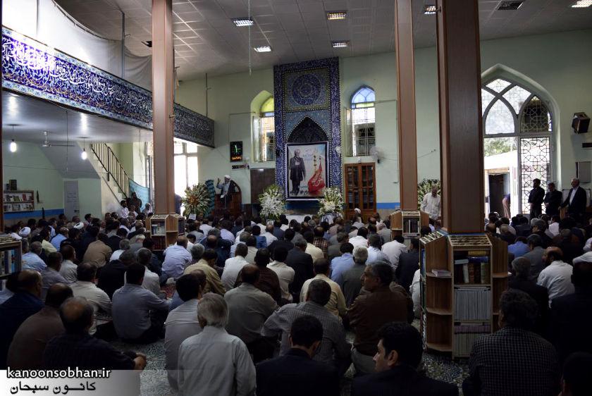 تصاویر مراسم تشییع  و ختم حاج محمد علی هادیان در همدان و کوهدشت (8)