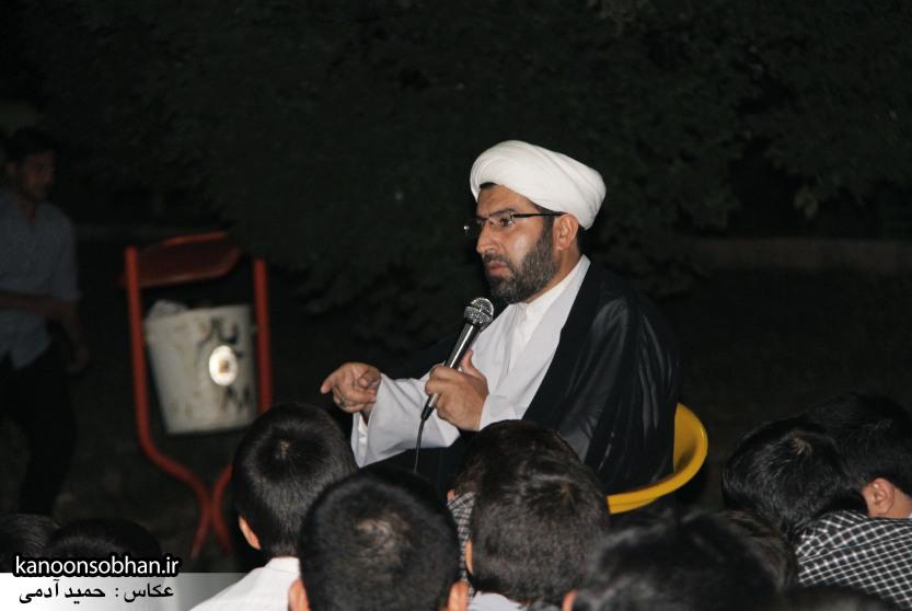 تصاویر مراسم هفتگی هیئت انصار الحسین(ع) در جوار شهدای گمانم کوهدشت (1)