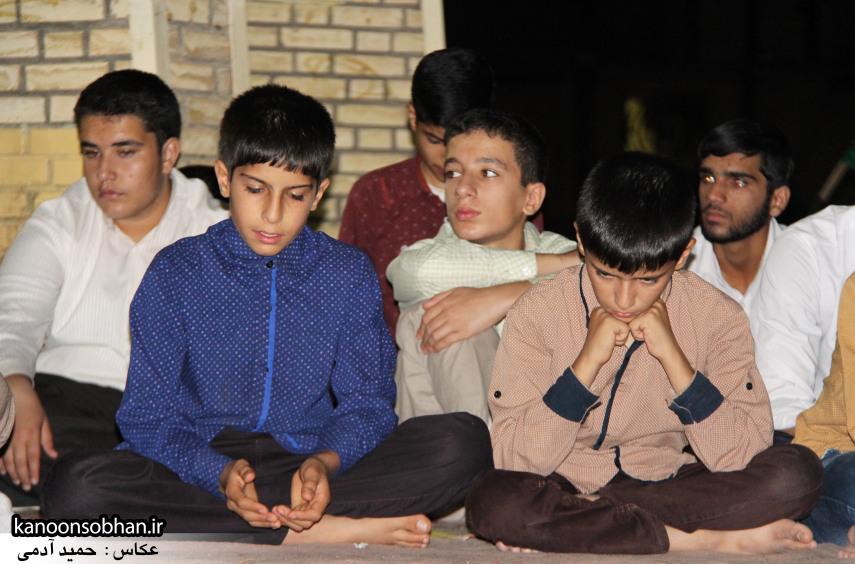 تصاویر مراسم هفتگی هیئت انصار الحسین(ع) در جوار شهدای گمانم کوهدشت (10)