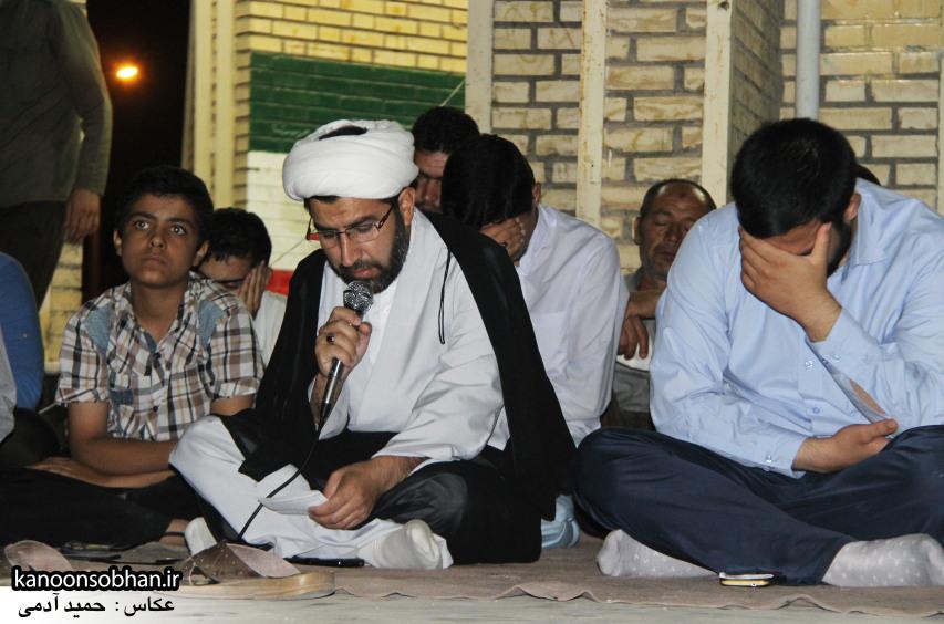 تصاویر مراسم هفتگی هیئت انصار الحسین(ع) در جوار شهدای گمانم کوهدشت (11)