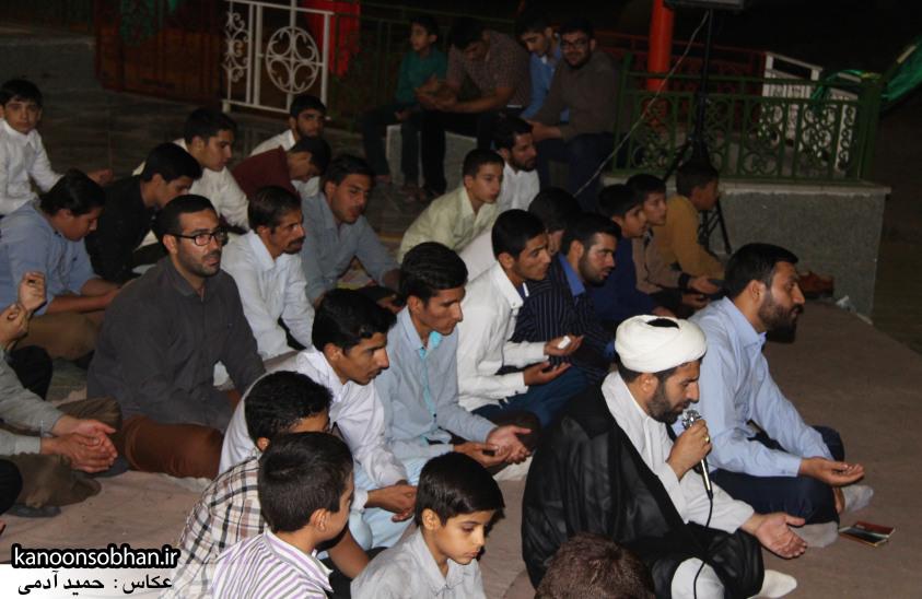 تصاویر مراسم هفتگی هیئت انصار الحسین(ع) در جوار شهدای گمانم کوهدشت (18)