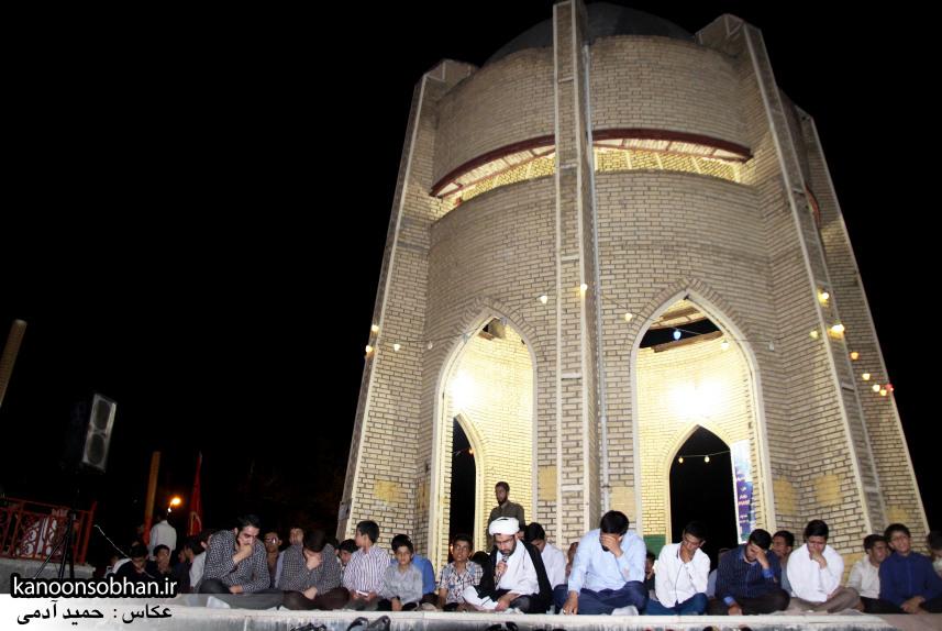 تصاویر مراسم هفتگی هیئت انصار الحسین(ع) در جوار شهدای گمانم کوهدشت (8)