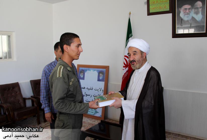 دیدار سرباز سنی تازه تشرف شده به مذهب تشیع با امام جمعه کوهدشت (3)