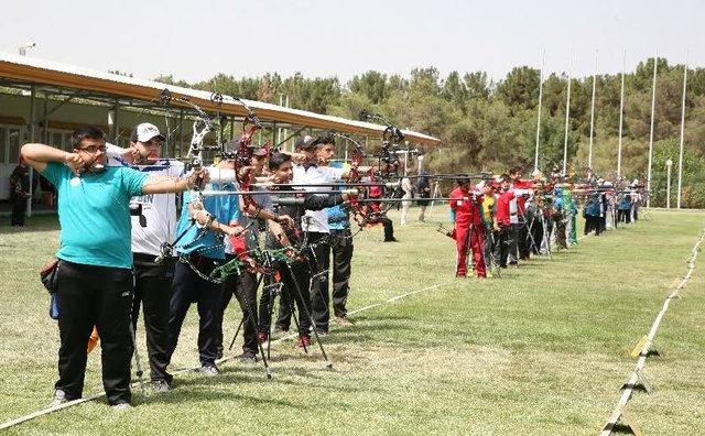 کسب مقام قهرمانی تیراندازی با کمان و راهیابی به تیم ملی توسط ورزشکار کوهدشتی