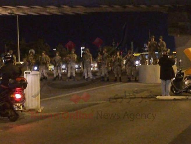 کودتای نظامی طرفداران گولن علیه اردوغان/ارتش ترکیه قدرت را در دست گرفت/اردوغان از کاخ ریاست جمهوری گریخت+عکس