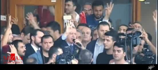 کودتا در ترکیه ناکام ماند / اردوغان وارد فرودگاه آتاتورک شد / 336 نفر در سراسر ترکیه بازداشت شدند / تاکنون دستکم 60 کشته+فیلم و عکس