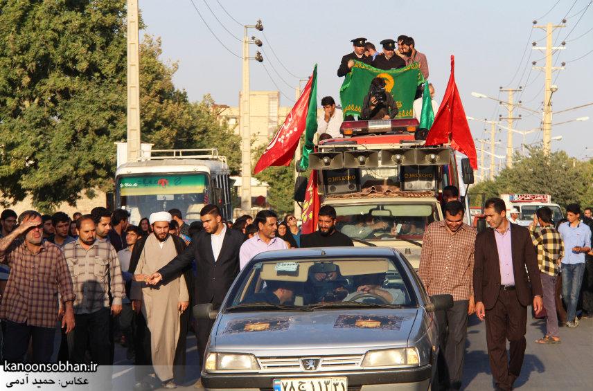 تصاویر استقبال از کاروان خدام و پرچم حرم امام رضا(ع) در کوهدشت (16)