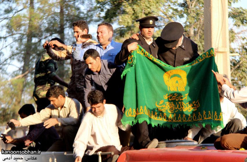 تصاویر استقبال از کاروان خدام و پرچم حرم امام رضا(ع) در کوهدشت (25)