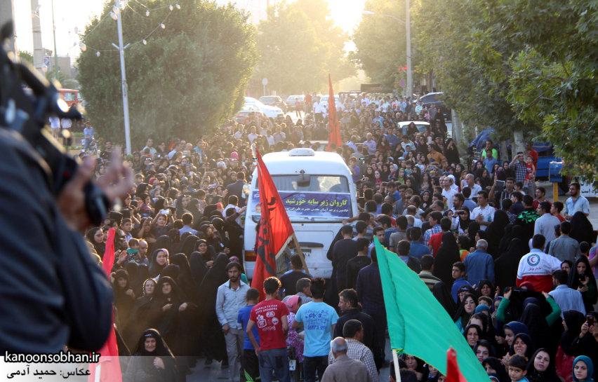 تصاویر استقبال از کاروان خدام و پرچم حرم امام رضا(ع) در کوهدشت (30)