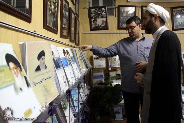 تصاویر بازدید آیت الله احمد مبلغی از سامانه خبری حوزه (16)
