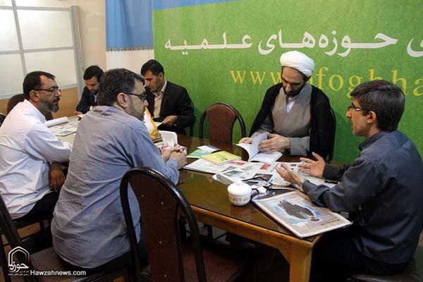تصاویر بازدید آیت الله احمد مبلغی از سامانه خبری حوزه (20)