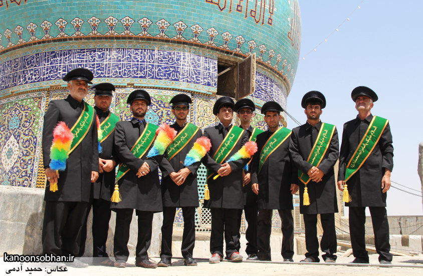 تصاویر رونمایی از پرچم گنبد امامزاده محمد(ع) کوهدشت