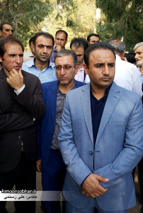 تصاویر مراسم خاکسپاری والده محترمه حاج علی اصغر اسفندیاری در کوهدشت (7)