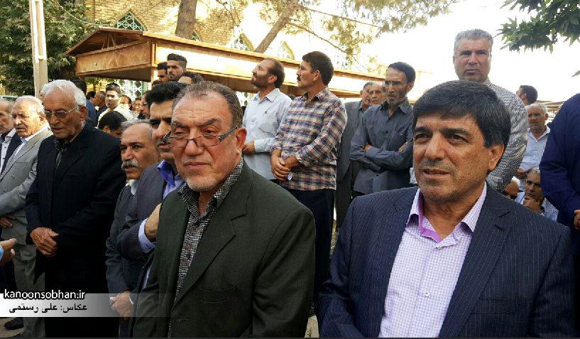 تصاویر مراسم خاکسپاری والده محترمه حاج علی اصغر اسفندیاری در کوهدشت (8)