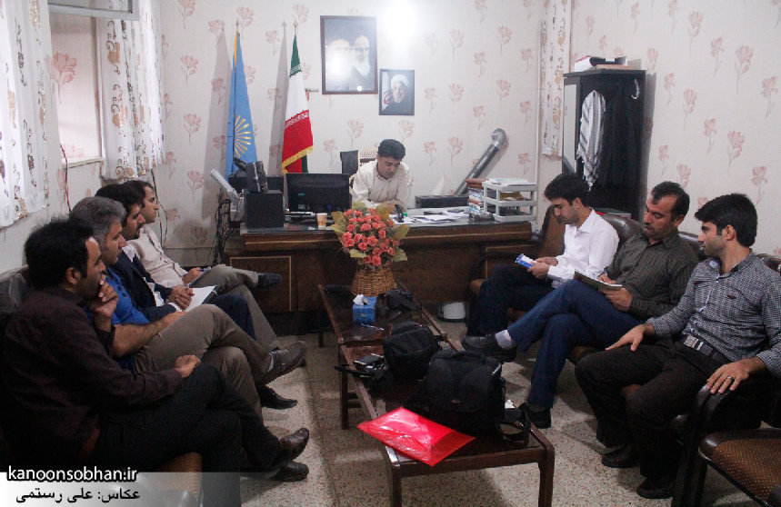 تصاویر نشست خبری رئیس دانشگاه پیام نور کودشت با اصحاب رسانه (3)