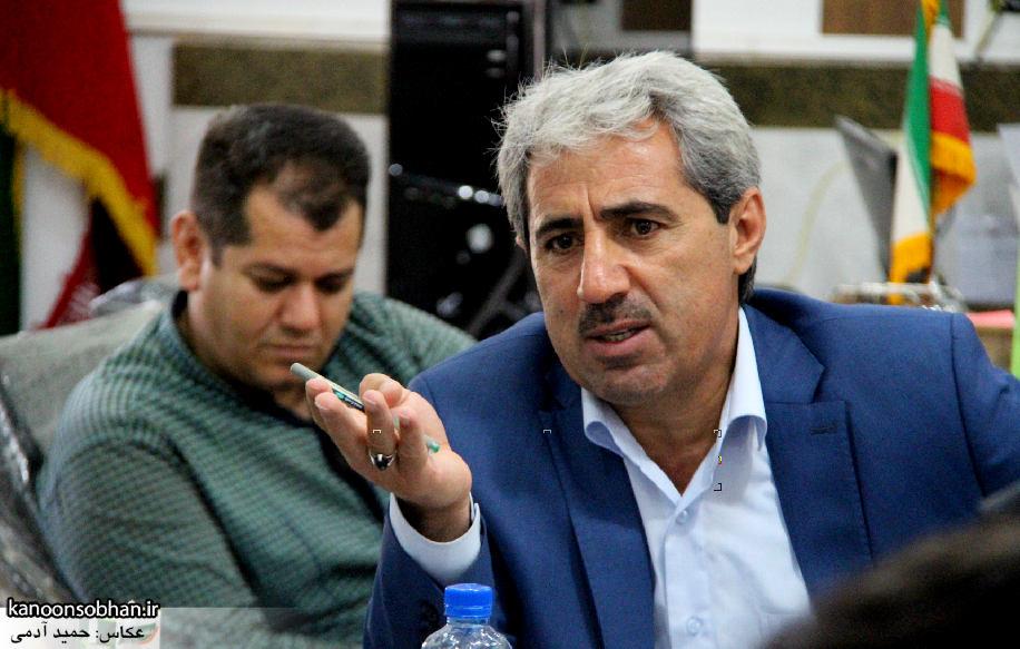 تصاویر نشست خبری شهردار کوهدشت با اصحاب رسانه (2)